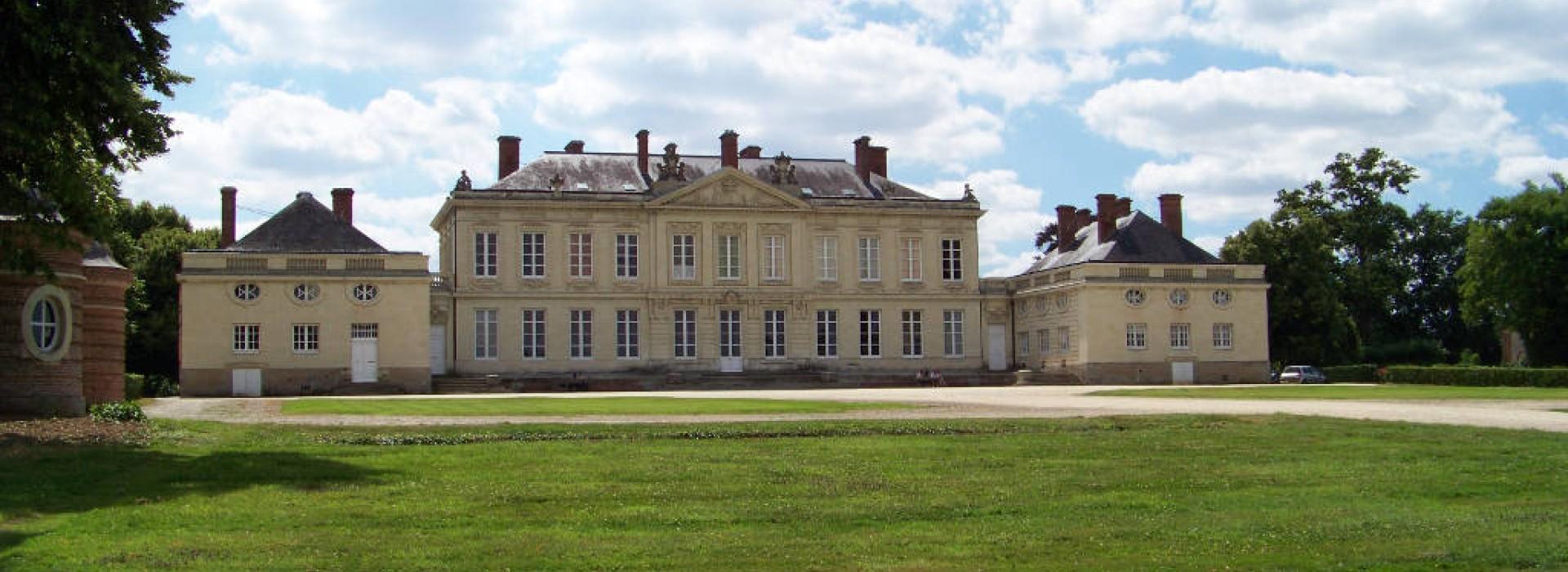 Chambres d 39 hotes du chateau de craon chambres d 39 h tes en pays de la loire - Chambres d hotes chateau d olonne ...