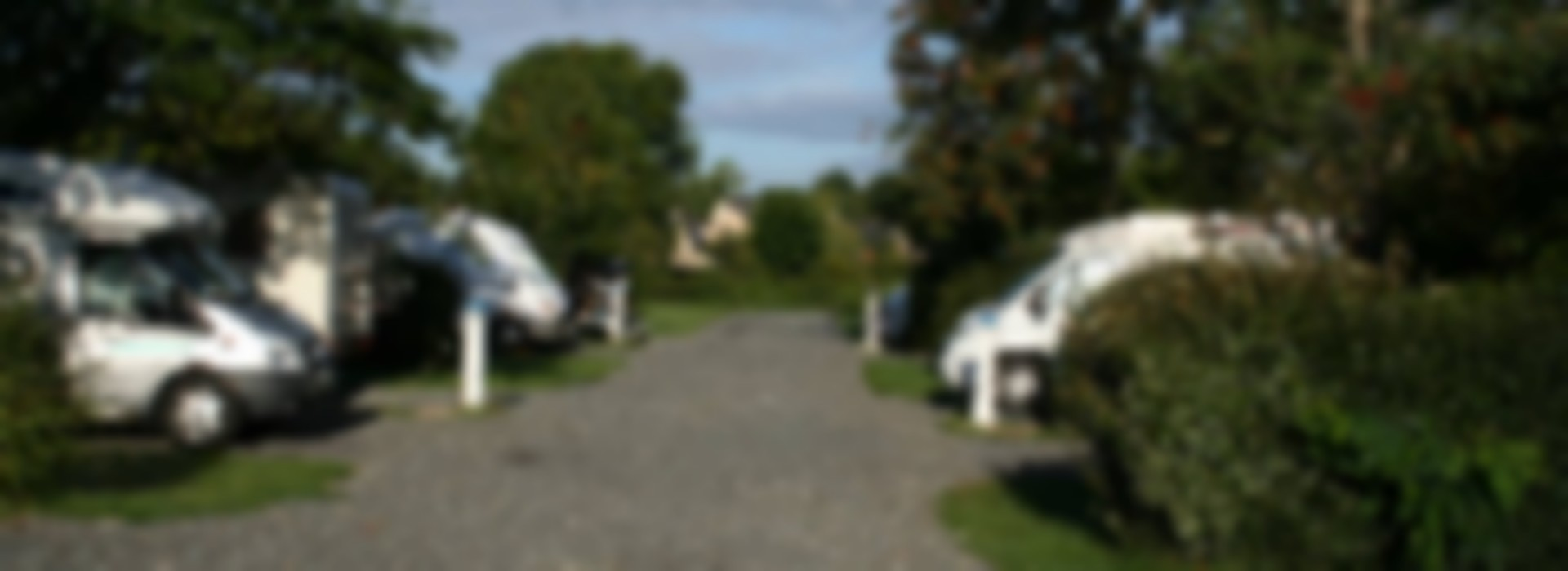 aire de camping cars de st jean sur mayenne stellpl tze f r wohnmobile frankreich pays de la loire. Black Bedroom Furniture Sets. Home Design Ideas